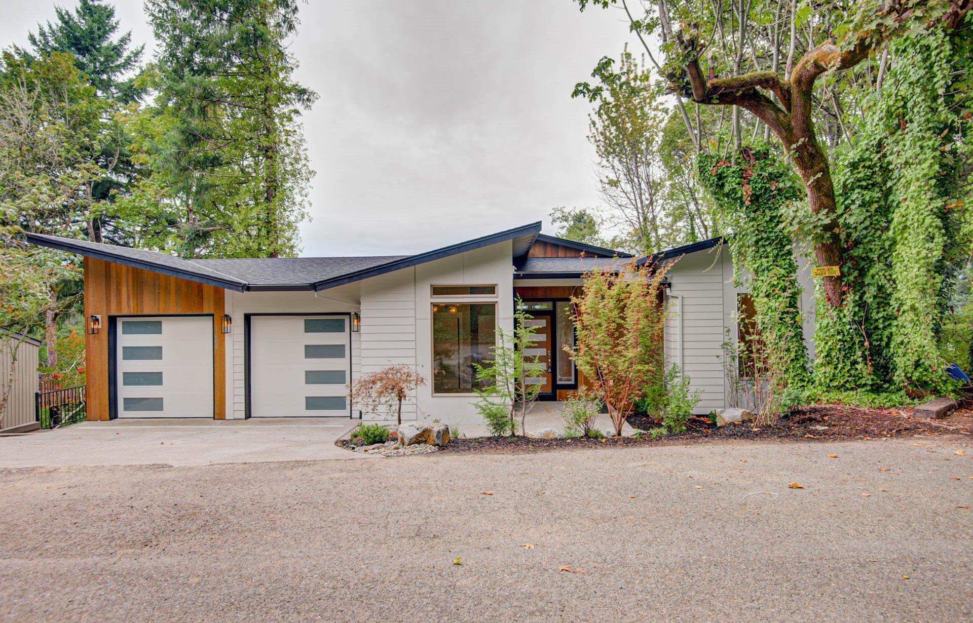 Hillside House Plan   Modern Daylight Home Design with ...